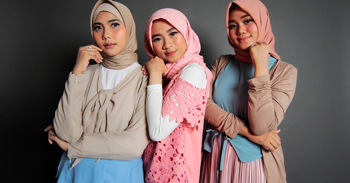 12 Different Ways To Wear Hijab On World Hijab Day The Chicsta Blog